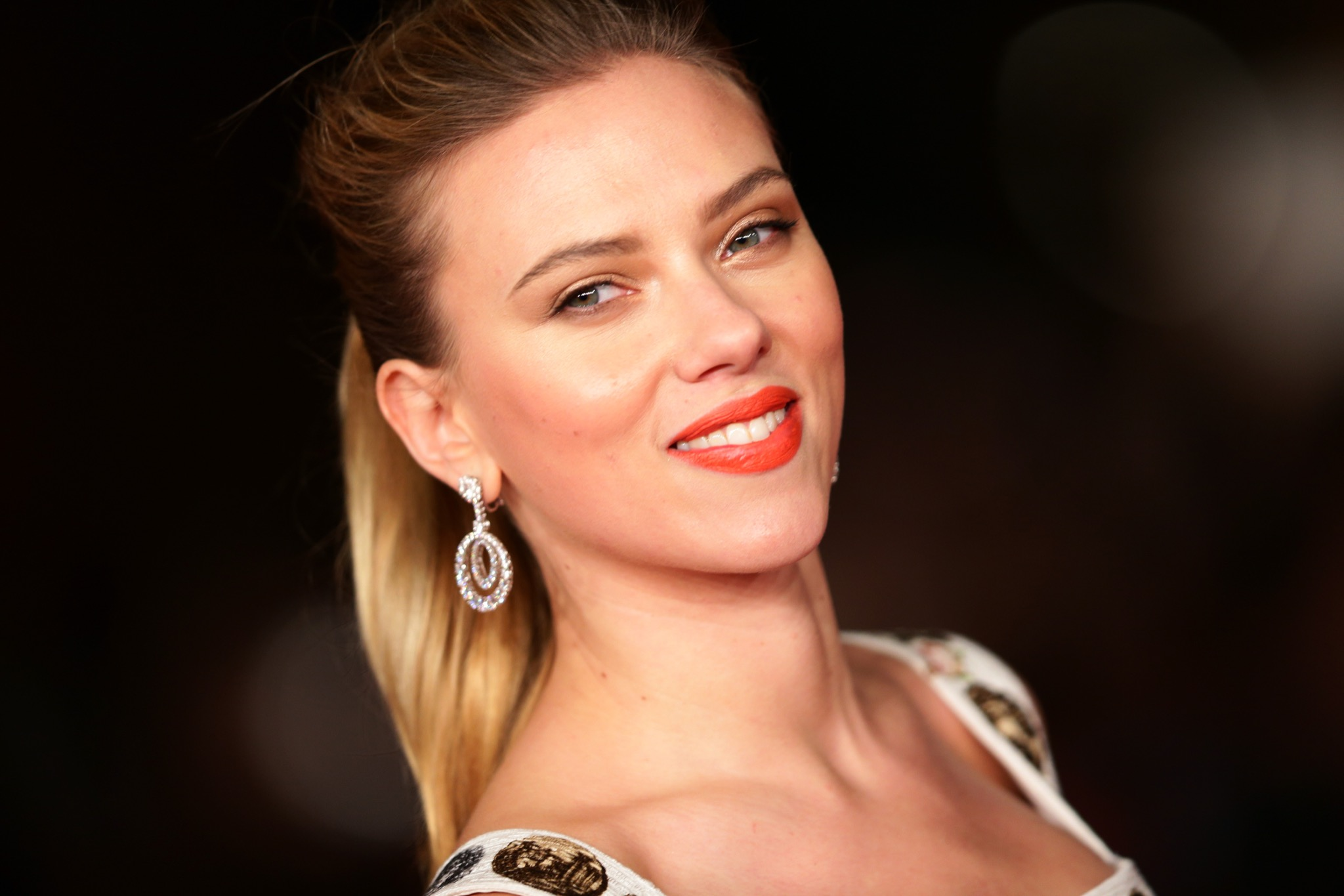 Scarlett Johansson Net Worth 2020 How Much Is Actress Worth