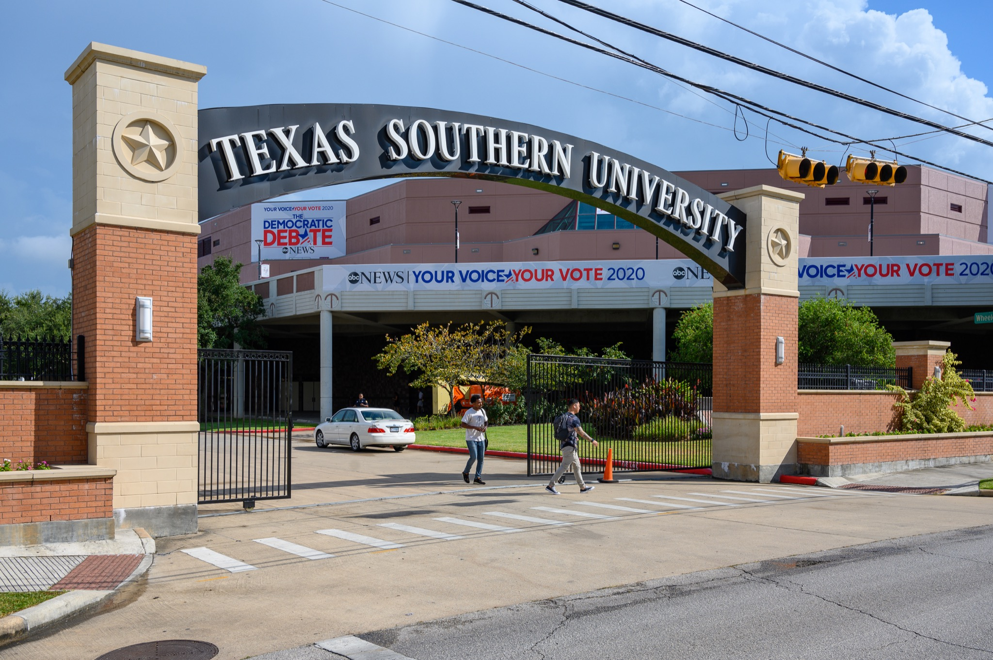 Texas Southern Gives George Floyd's Daughter Full Scholarship Offer